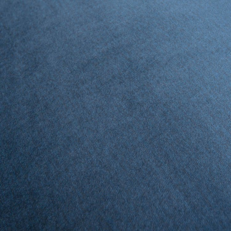 plava fotelja Lola s detaljem materijala