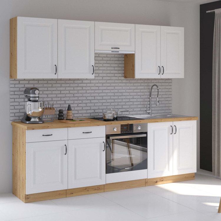 modularna kuhinja Stilo s pećnicom uz sivi zid