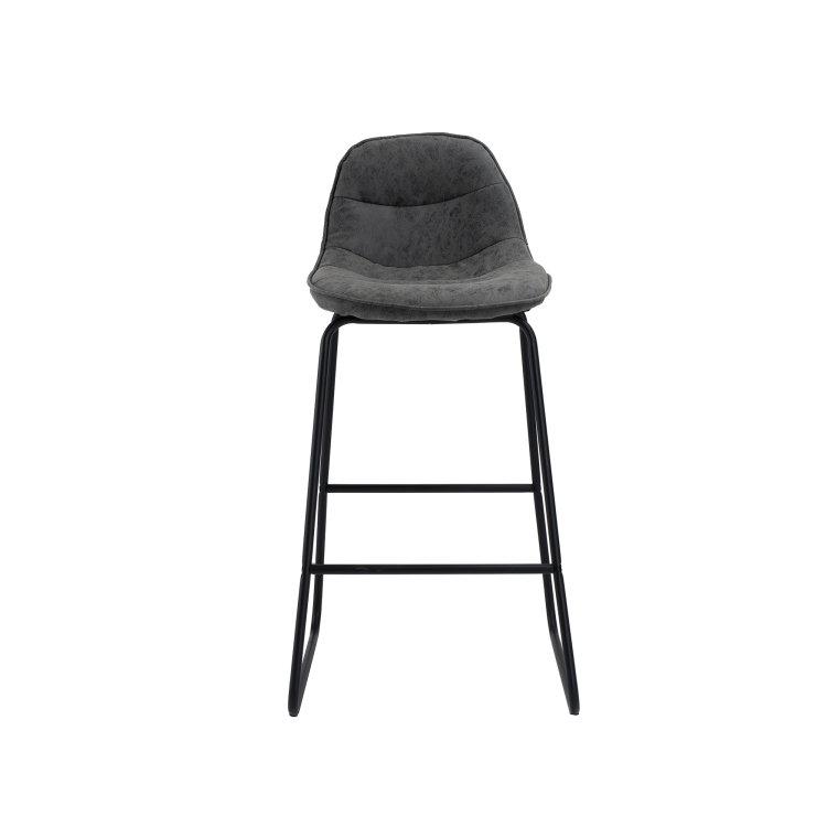 Barska stolica Mosby slikana s prednje strane